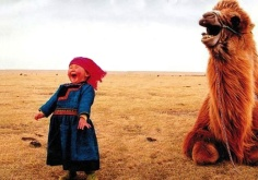 girl-and-laughing-camel1